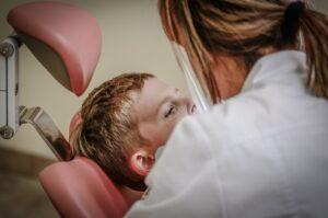 ingrijire extractie dentara